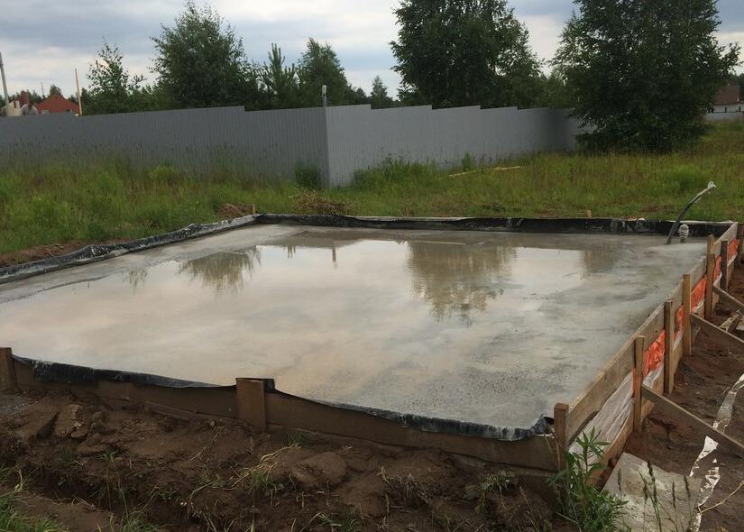 Заливка монолитной фундаментной плиты г. Ижевск