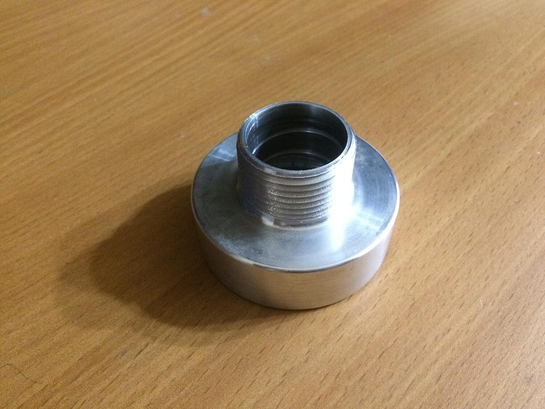 Алюминиевый переходник для евро куба, резьба 60 мм
