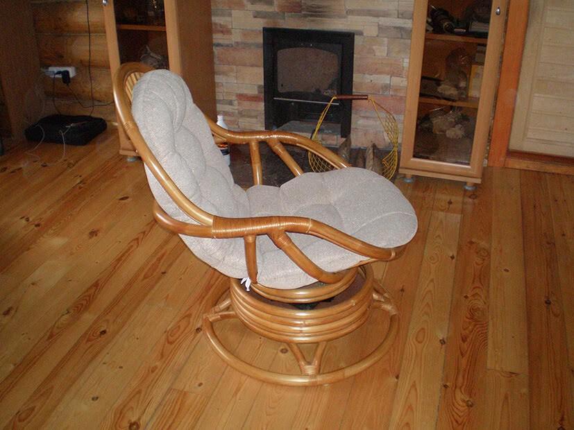 Кресло качалка из ротана